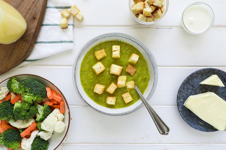 Cómo hacer una receta de Crema de verduras Micro