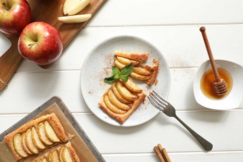 Cómo hacer una receta de Hojaldre de manzana con miel y canela