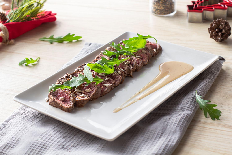 Cómo hacer una receta de Tataki de ternera con brotes de rúcula