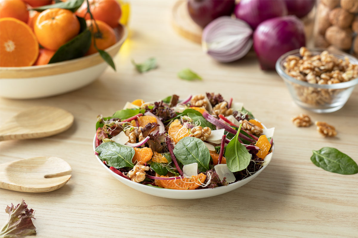 Cómo hacer una receta de Ensalada activa con mandarina
