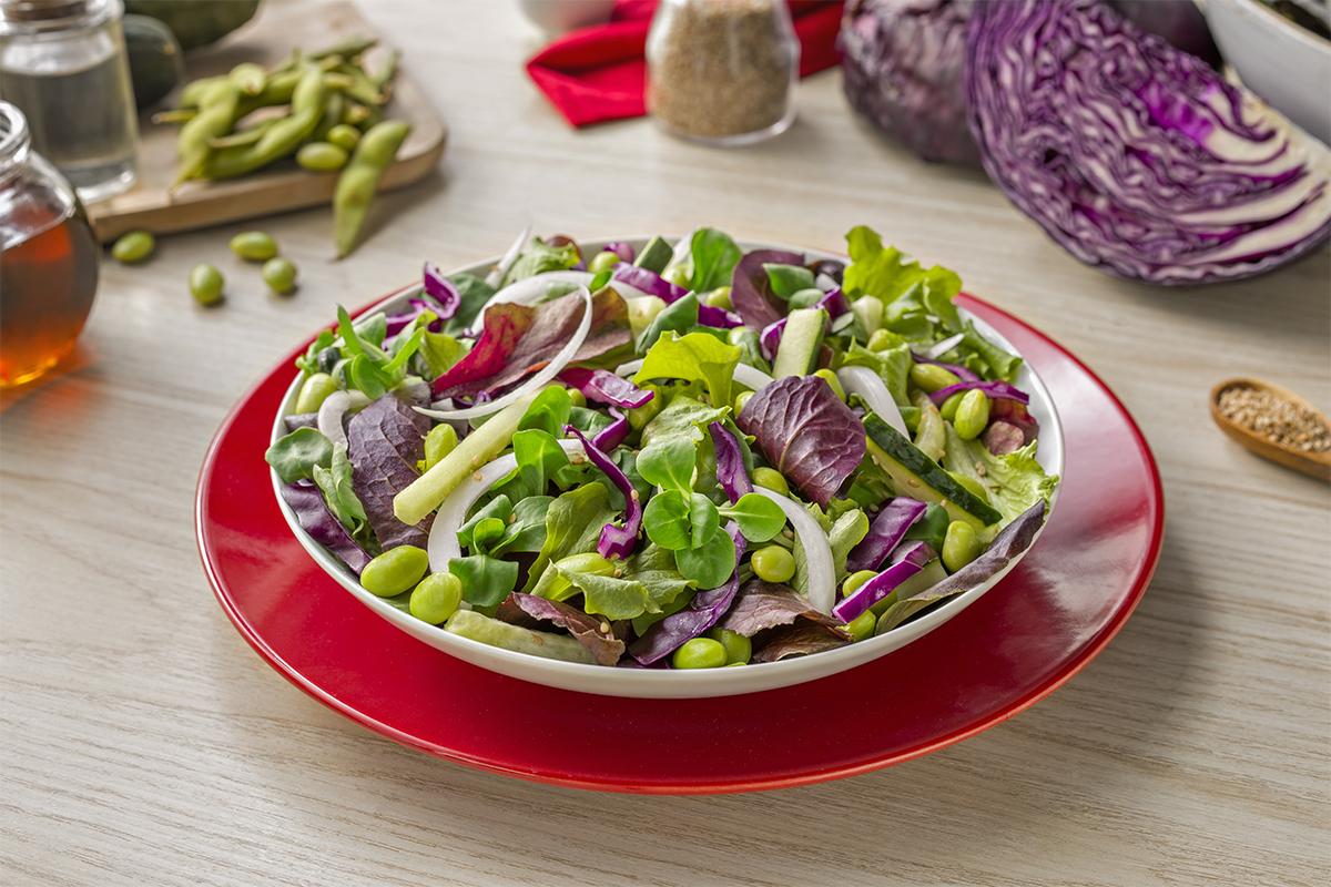 Cómo hacer ensalada de estilo asiático